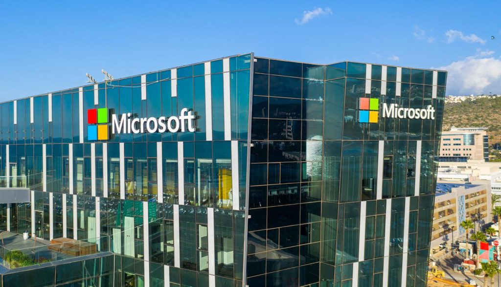 microsoft patches security flaw